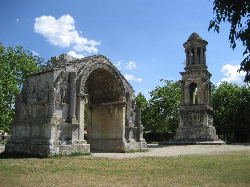 mausoleum-1035343_1920
