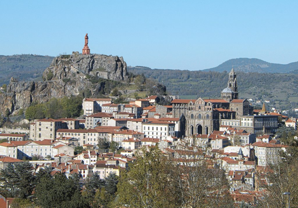 Top 6 places to buy a home in France